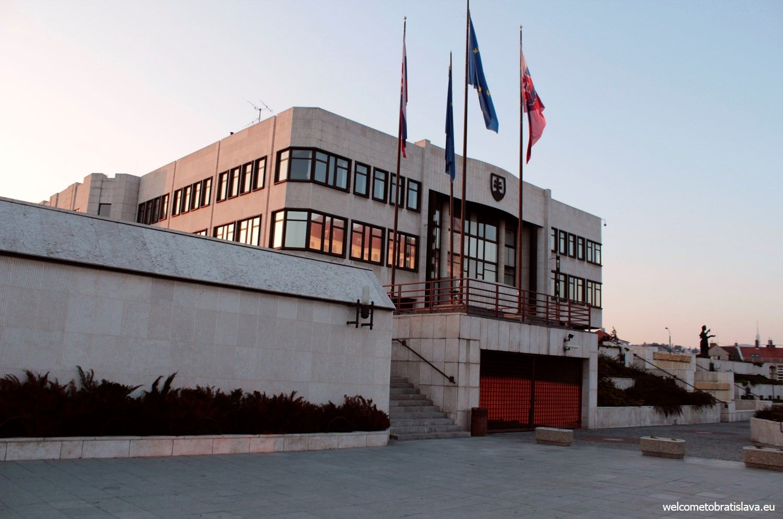 The Slovak National Council