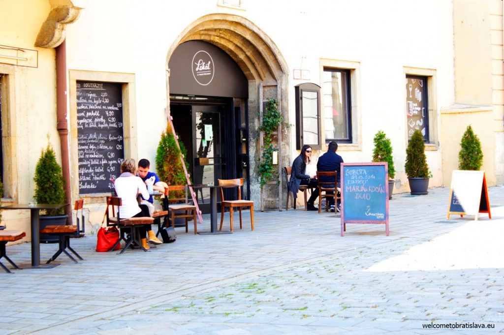A cafe next to the Mirbach Palace