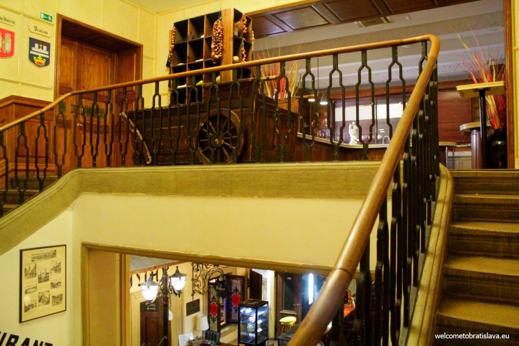 Flag Ship: stairs to the actual restaurant