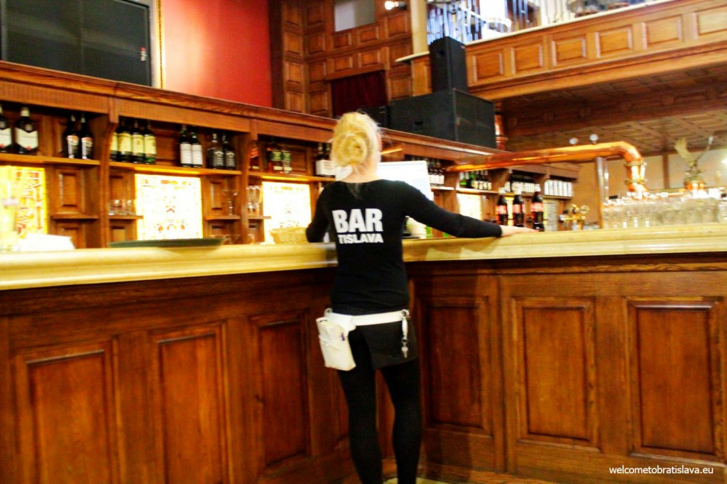 "Flag Ship: Waitresses wear ""BARtislava"" T-shirts"