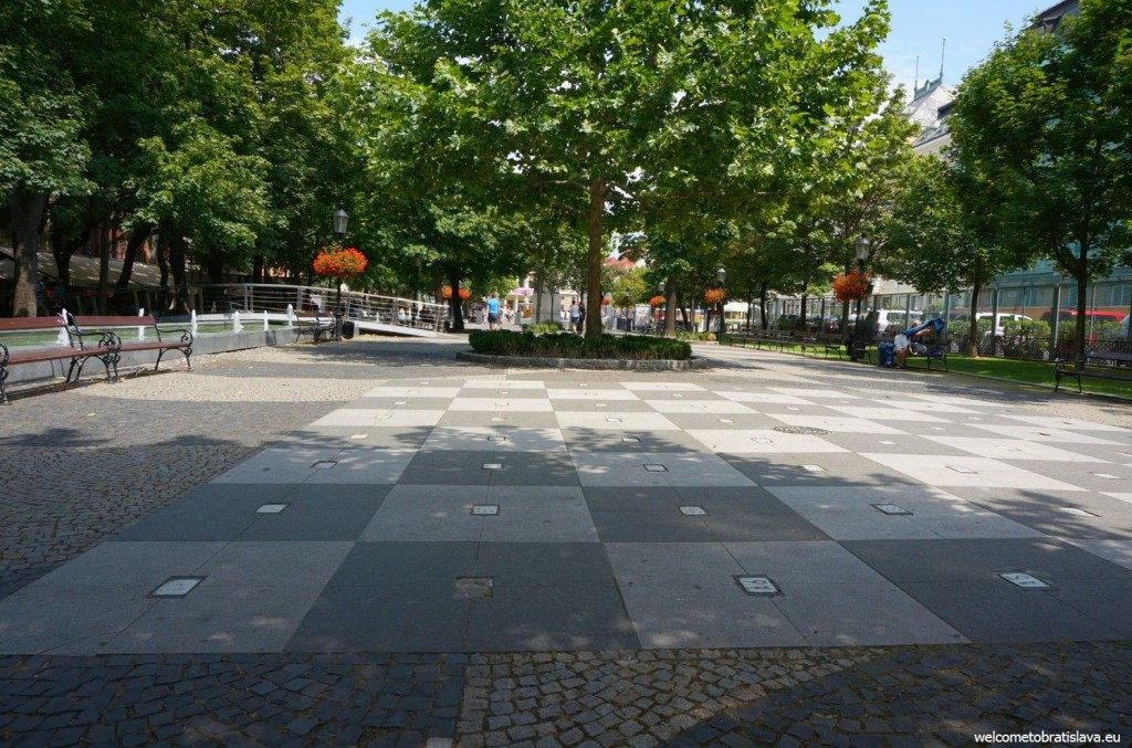 A big chessboard can be found on the square, too :)