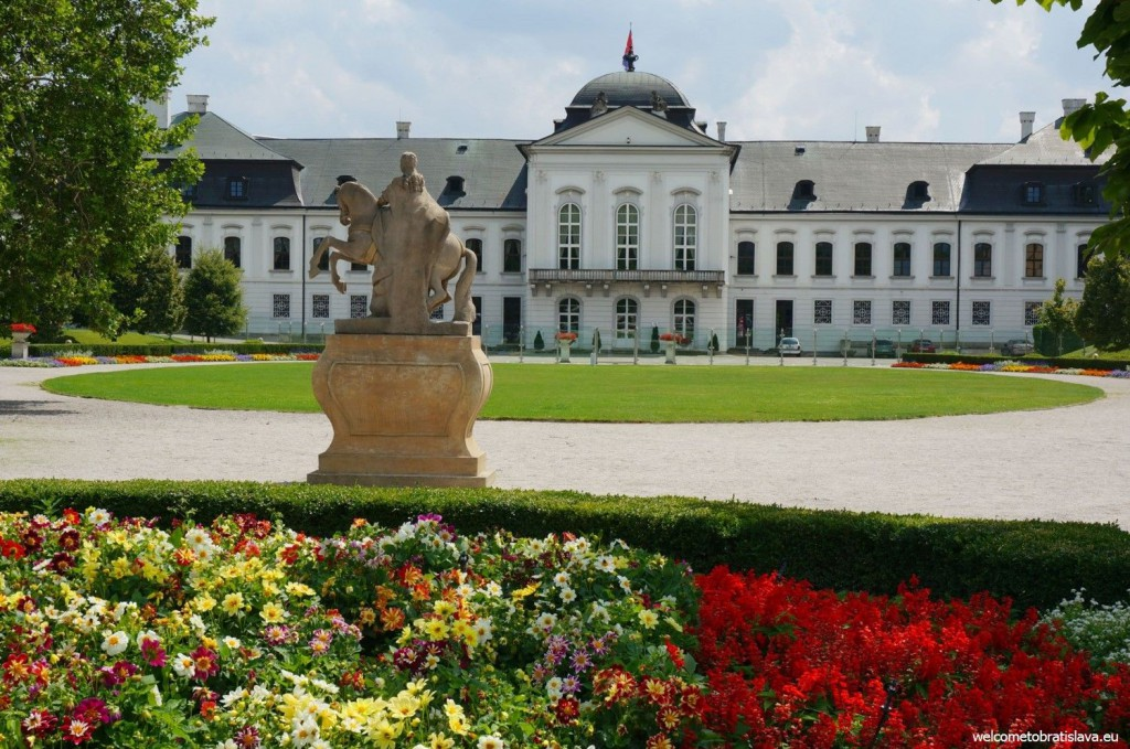 Grassalkovich palace and its garden