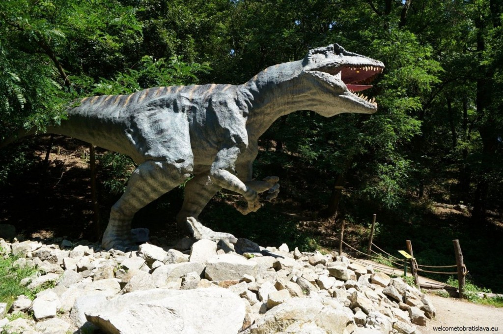 A life-size model of an extinct dinosaur