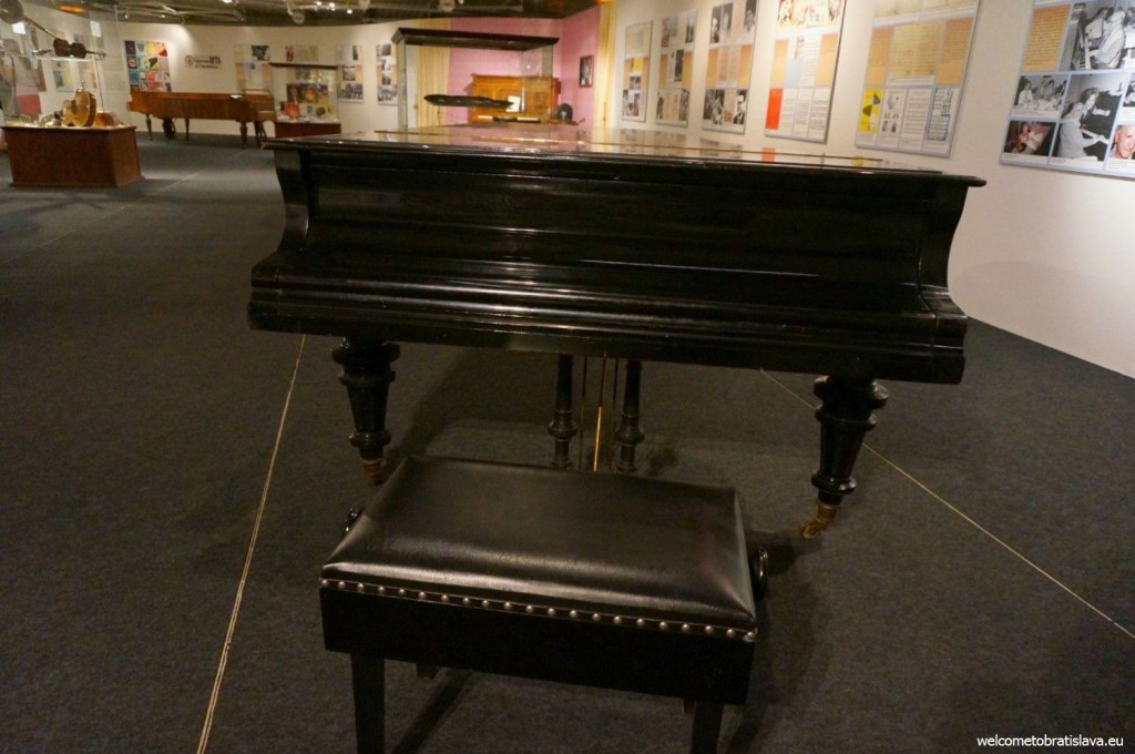 You can find four different pianos here