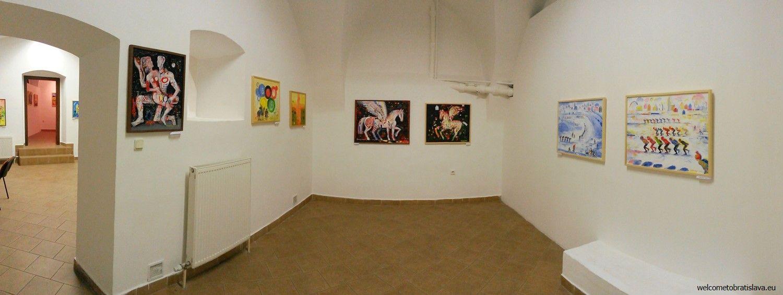 The F7 Gallery - interior