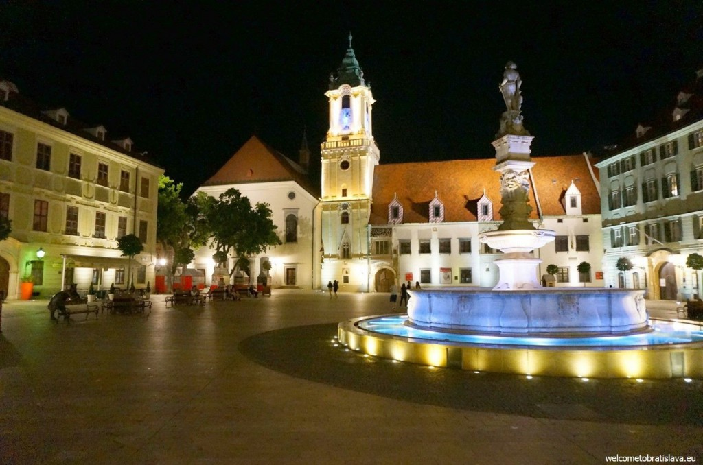 Bratislava: Main square with the Old Town Hall