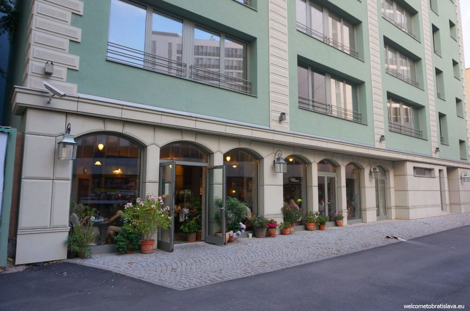 St. Germain is located in a wider center but still walking distance from the Old Town