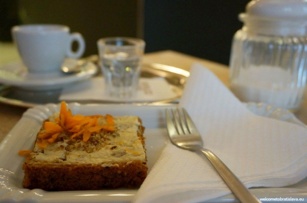 Carrot cake in Zeppelin cafe