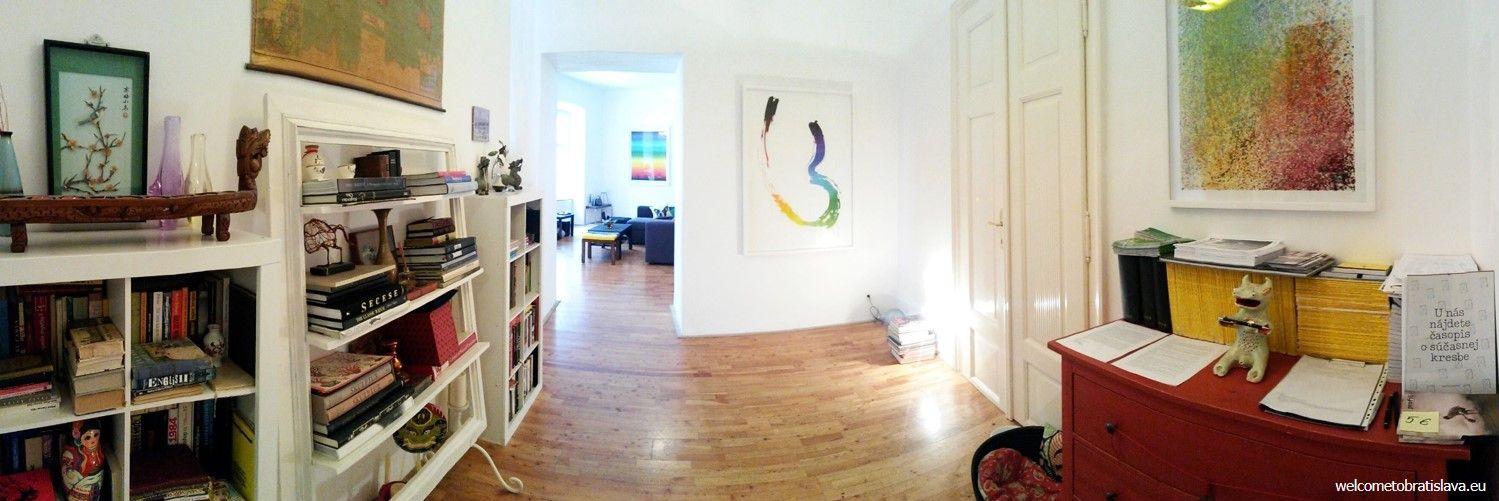 Flat gallery