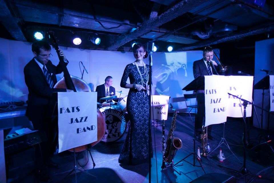 A live jazz band