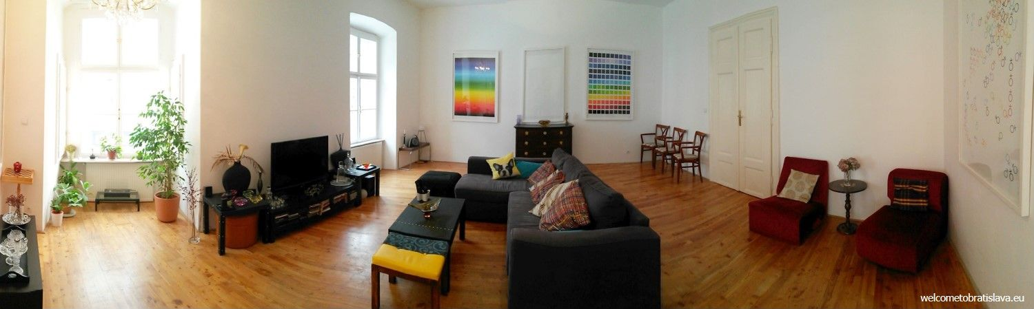 Flatgallery - the living room