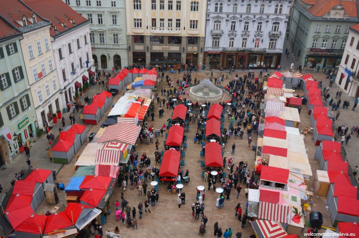 Christmas markets at our Main square
