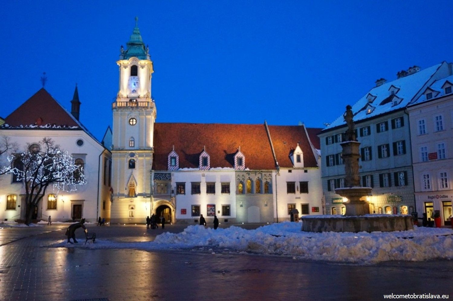 The Town Hall at the Main square