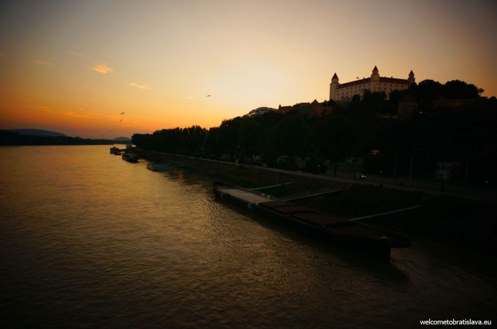 View on the castle from the UFO bridge - sunset time :)
