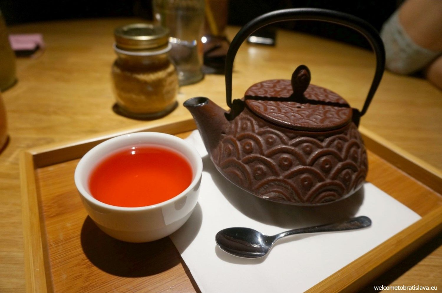 Tea with fruit and beetroot