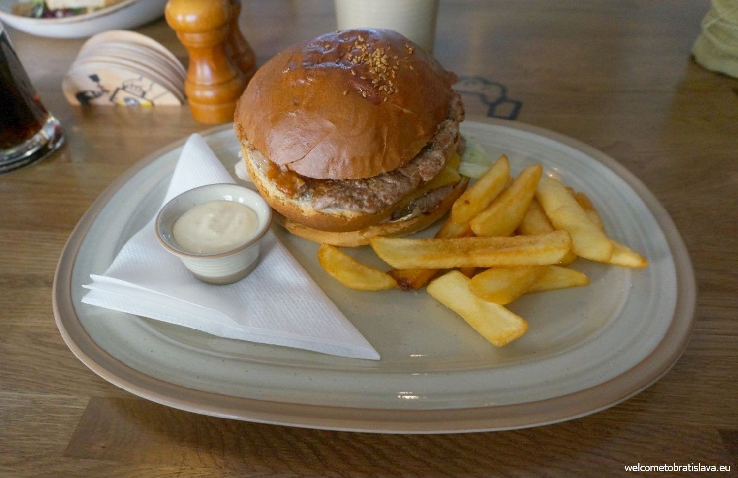Burger with fried potatoes