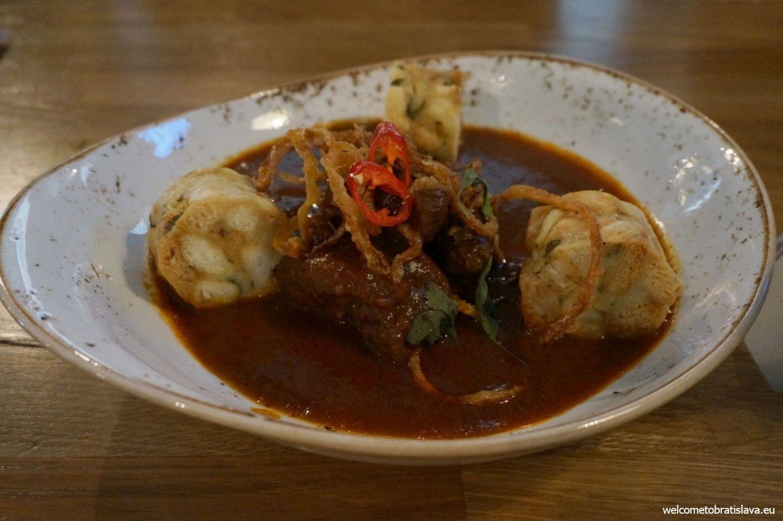 Goulash with dumplings