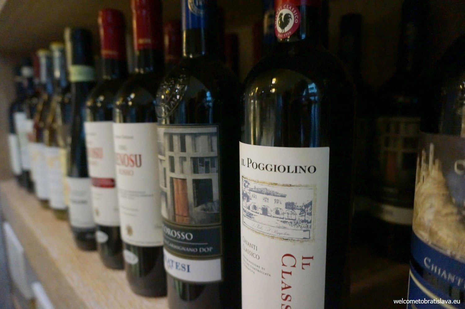 Fancy a glass of good Italian wine? Now you know where to buy it!