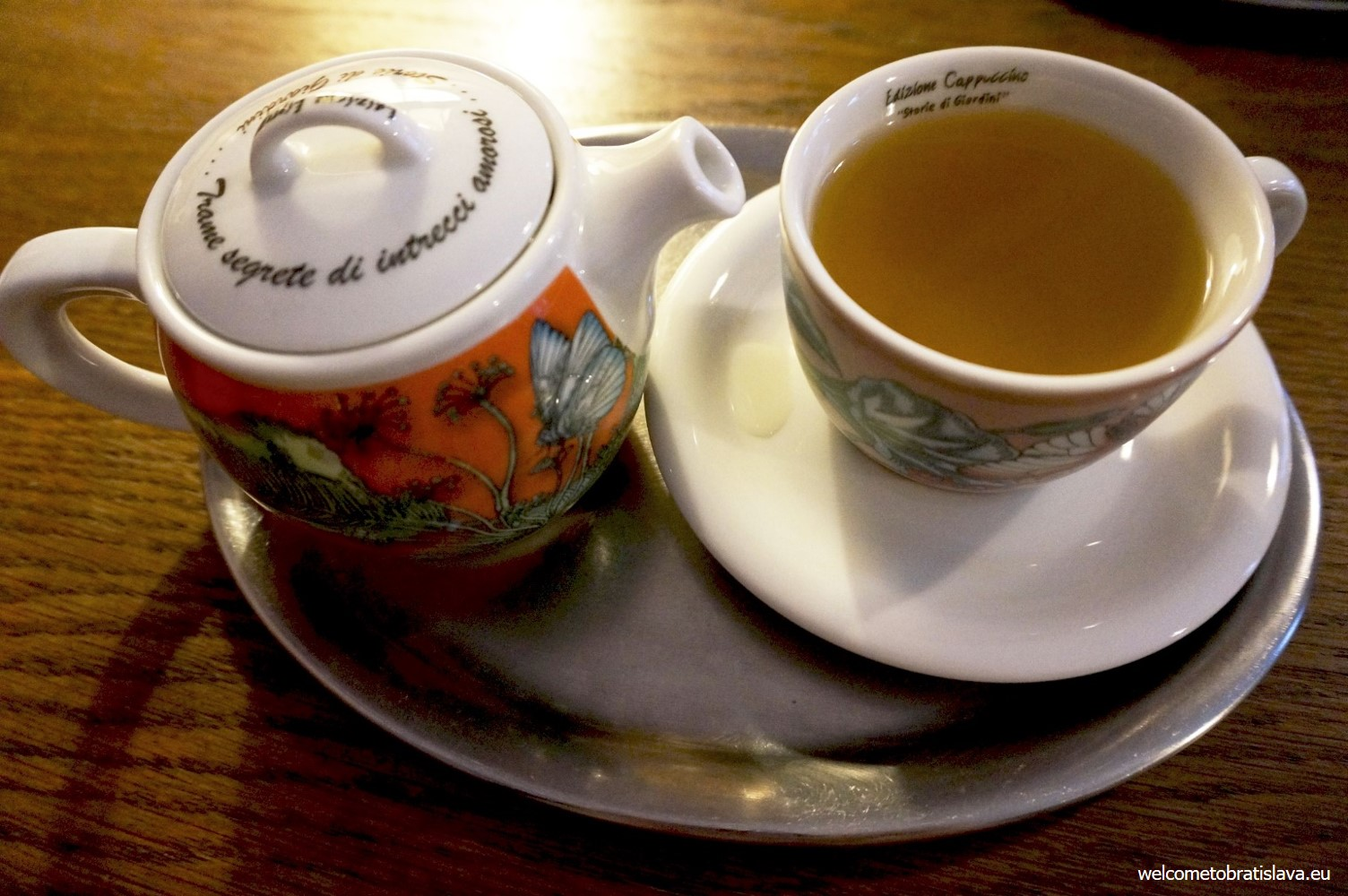 What's better than a cup of nice how tea :)