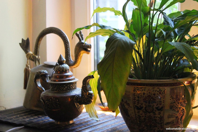 Čaj Kafé - interior
