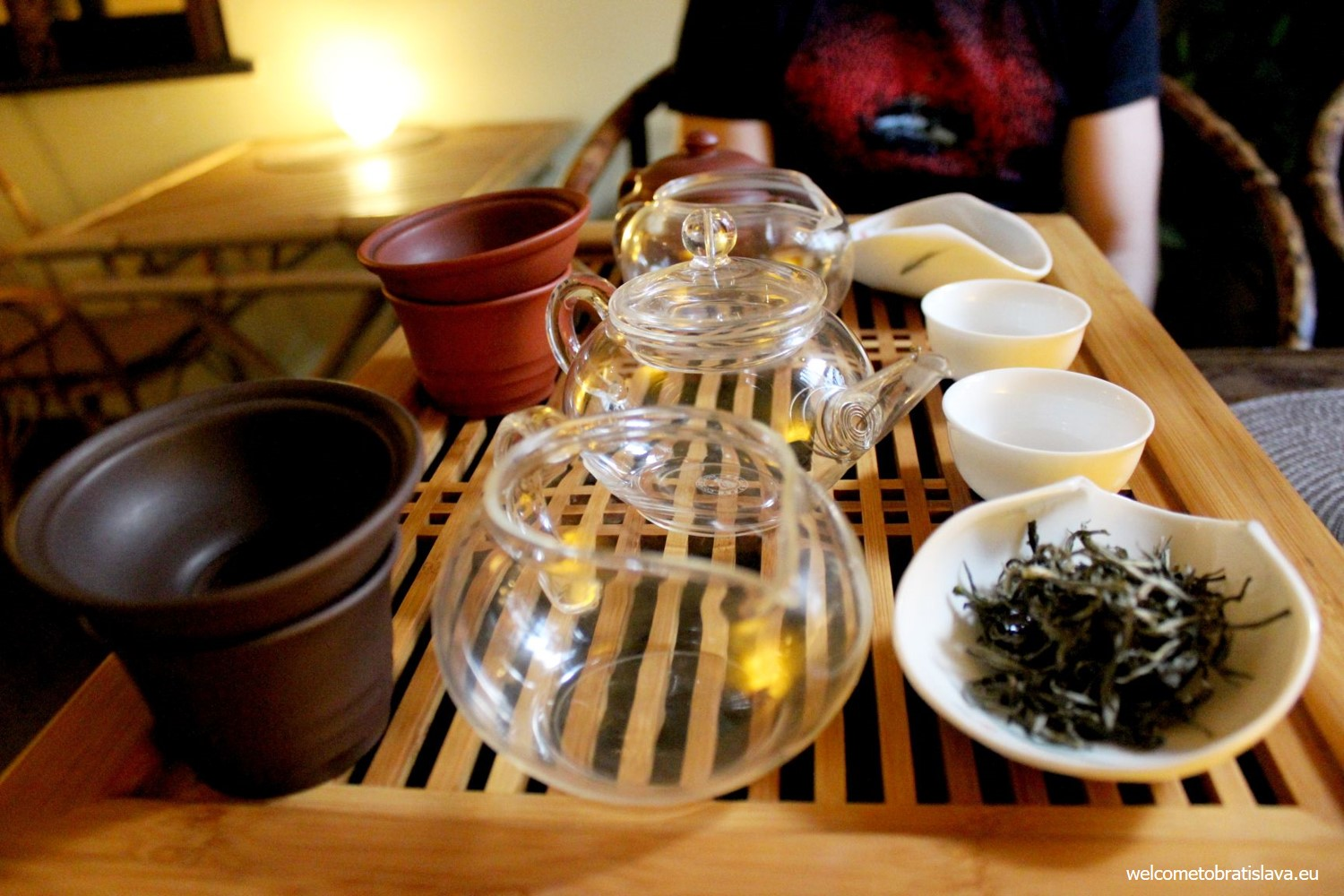 We have tried the Himalayan EverGreen from a small tea factory Sandakphu with rich aroma of flowers and nectar.