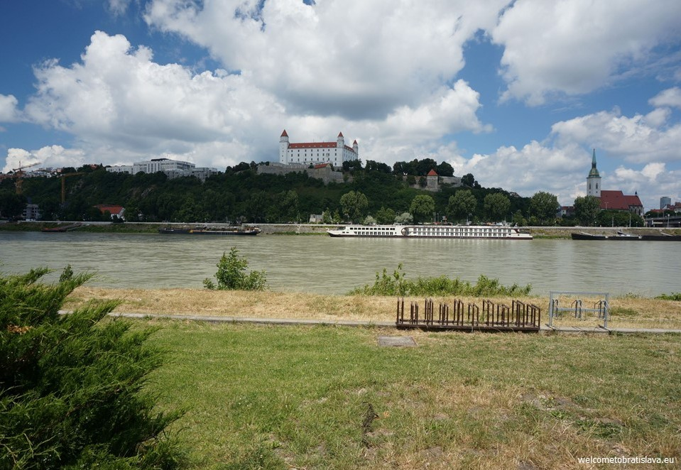 Best view in Bratislava - AUSPIC RESTAURANT