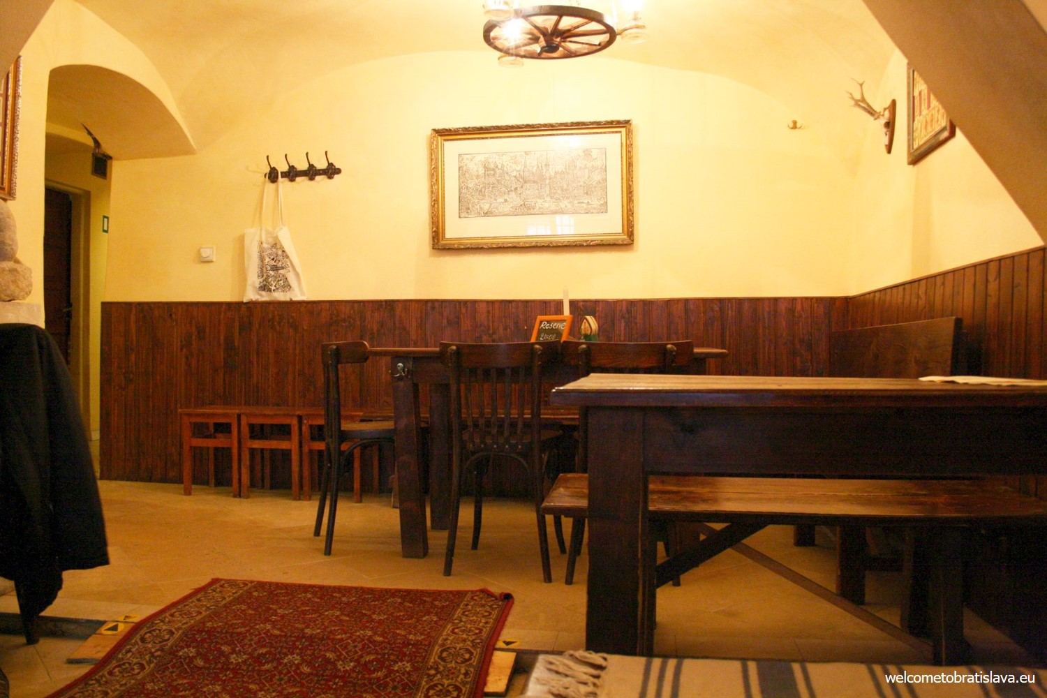 The whole place is quite small, accommodating only around 40 people.