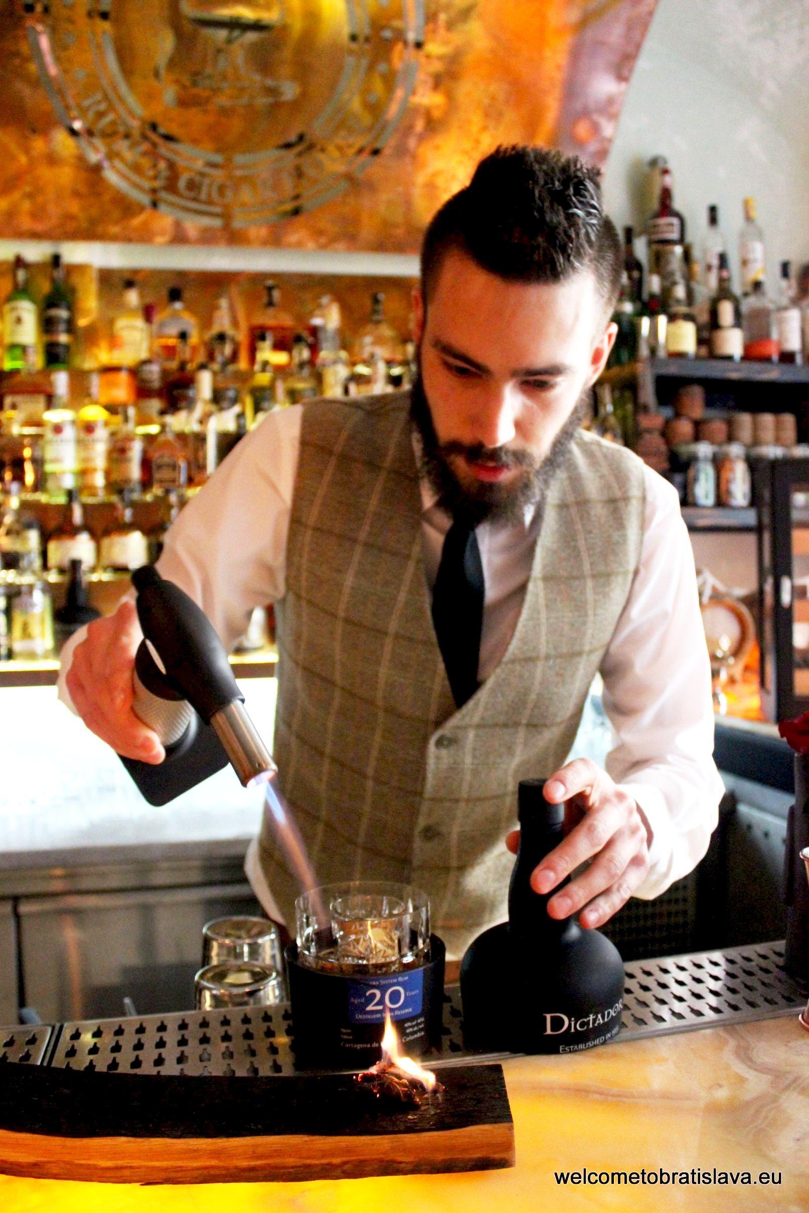 Best cocktail places Perfect Serve