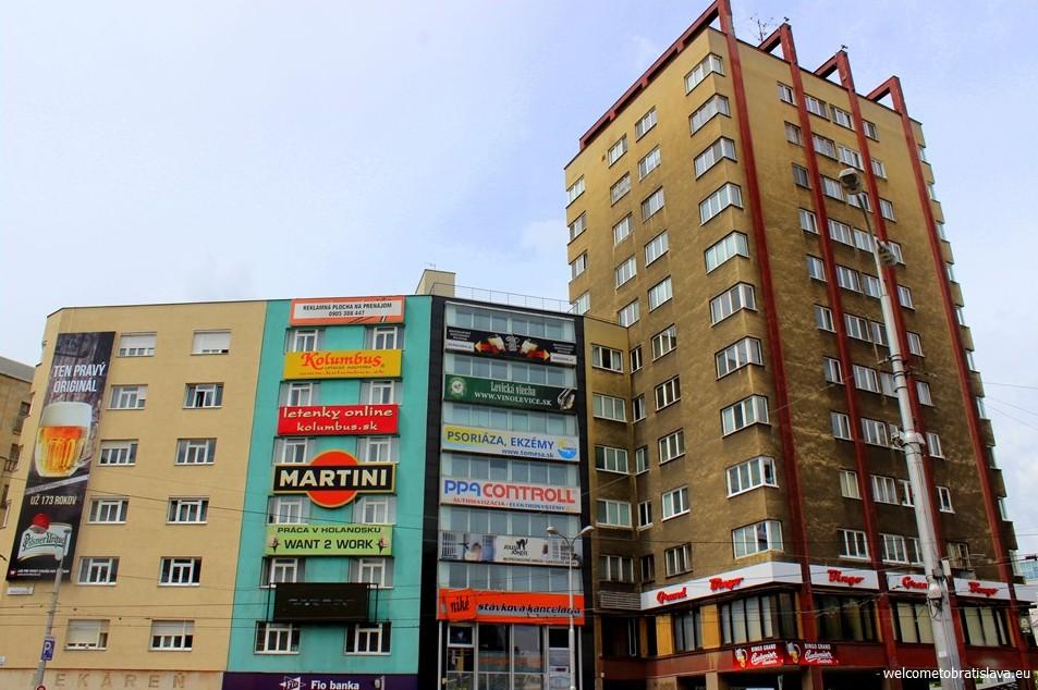SOCIALIST ARCHITECTURE IN BRATISLAVA: Manderlak