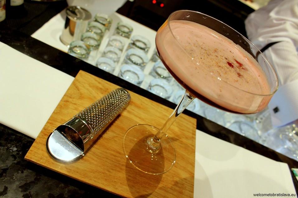 Best cocktail places Riverpark Lounge Bar