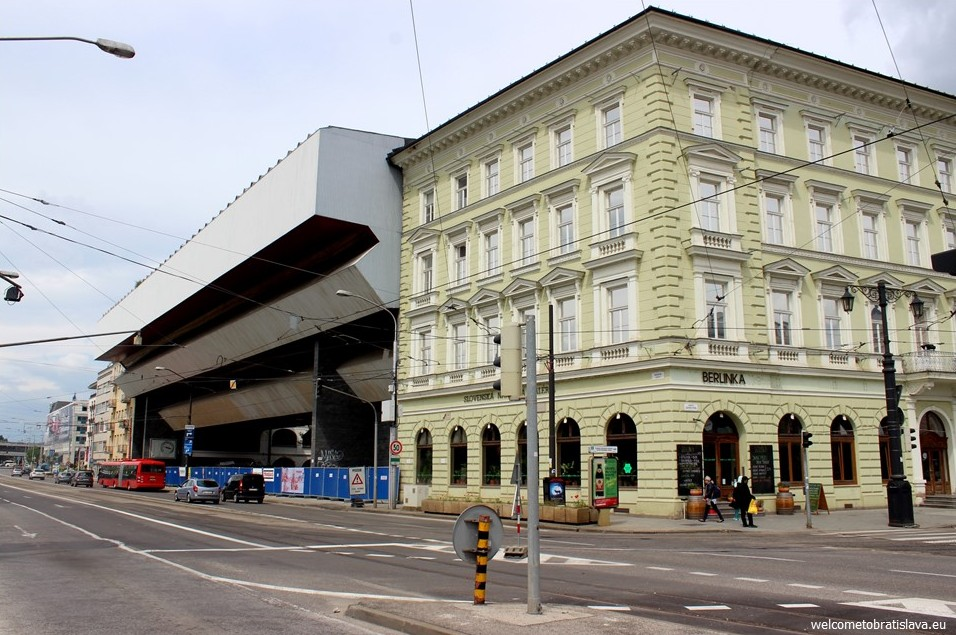 SOCIALIST ARCHITECTURE IN BRATISLAVA: Slovak National Gallery SNG