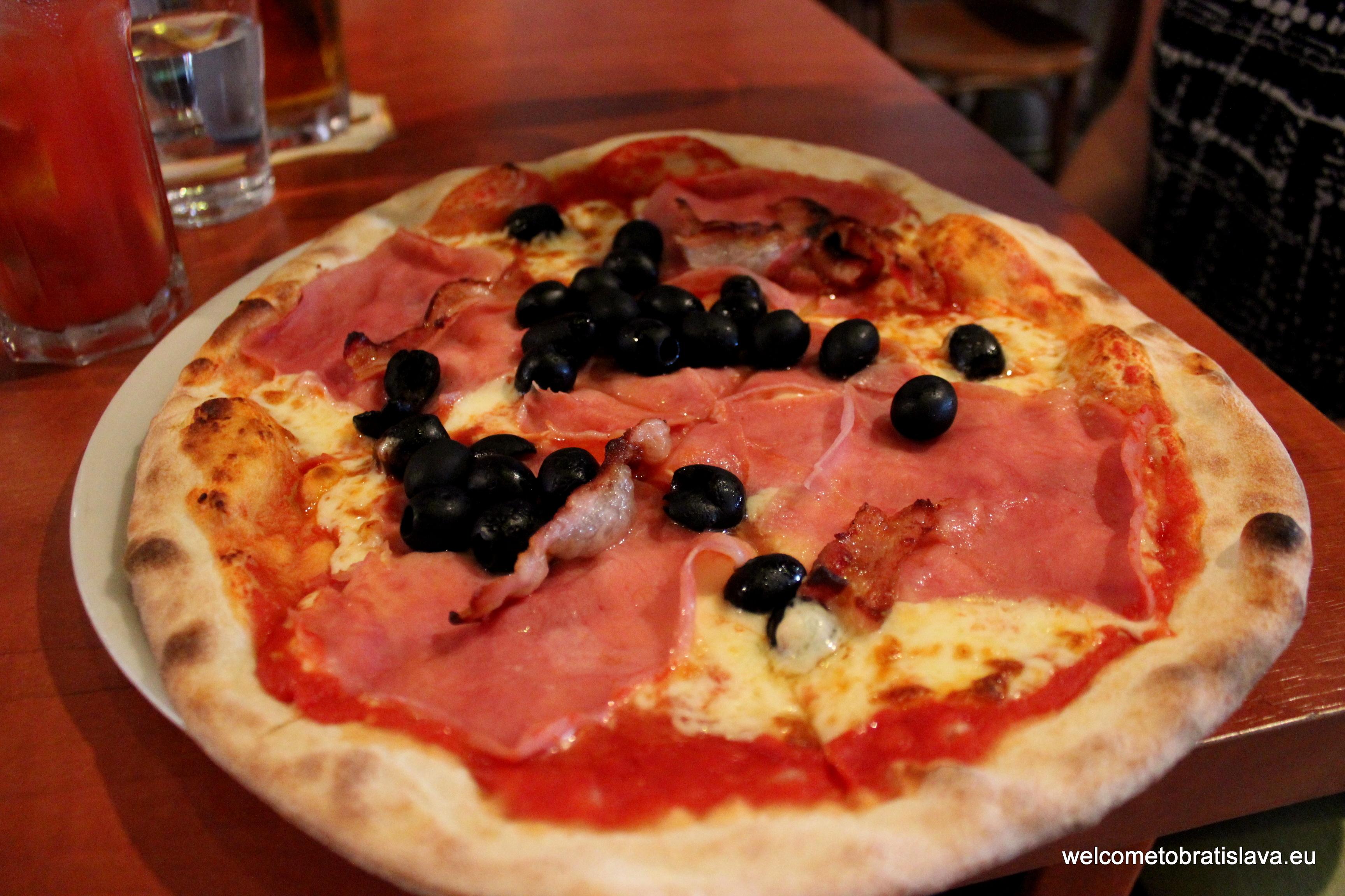 Nervosa Pizza