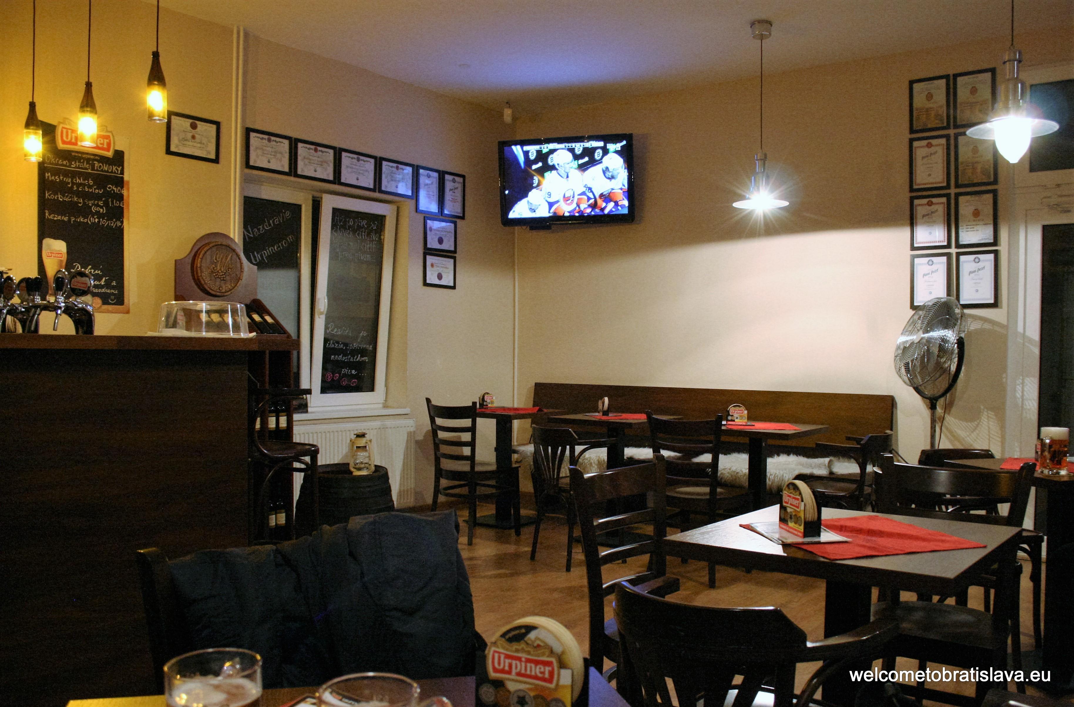 Best beer places in Bratislava - Urpiner