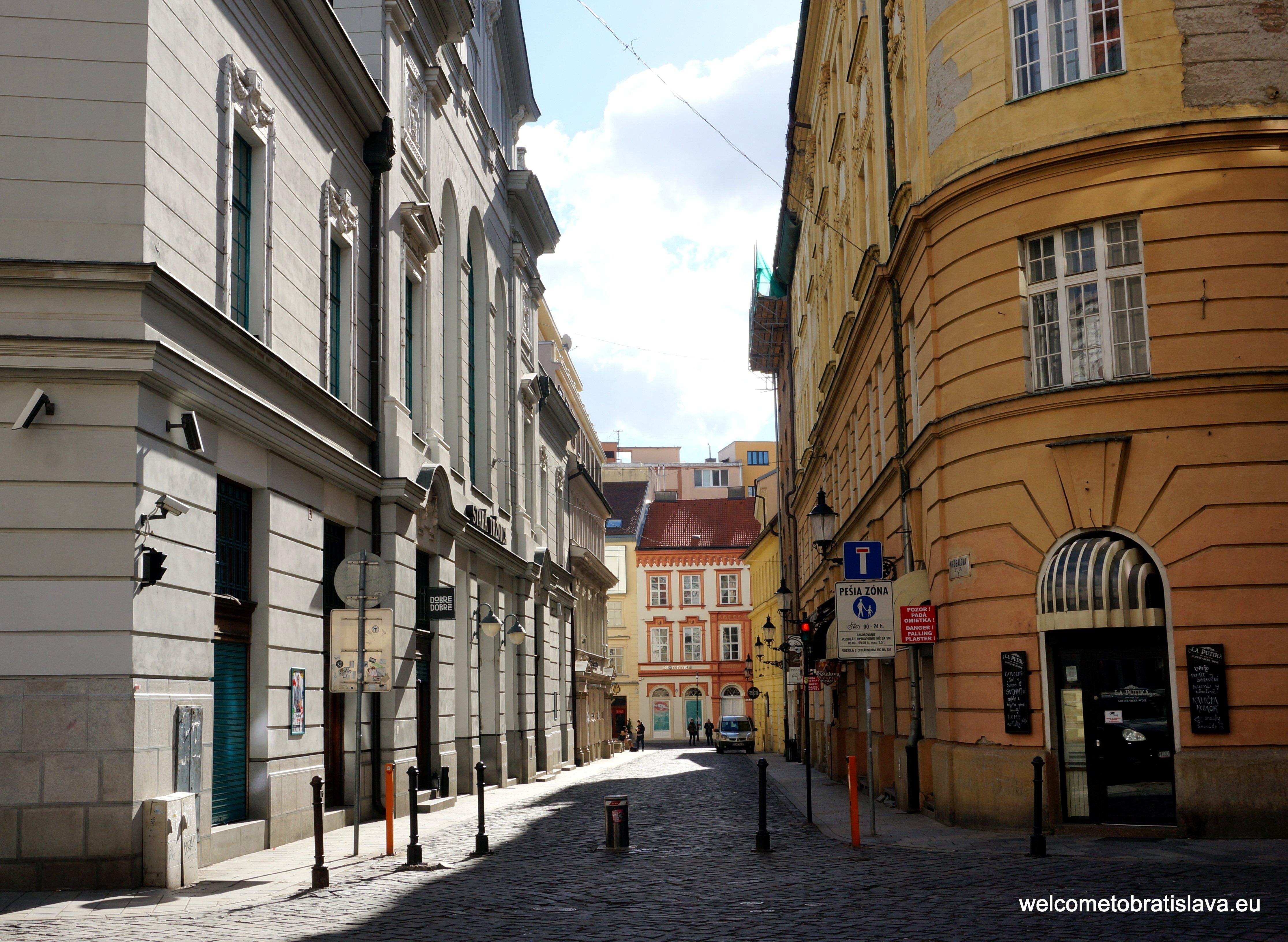 Nedbalova Street - La Putika location