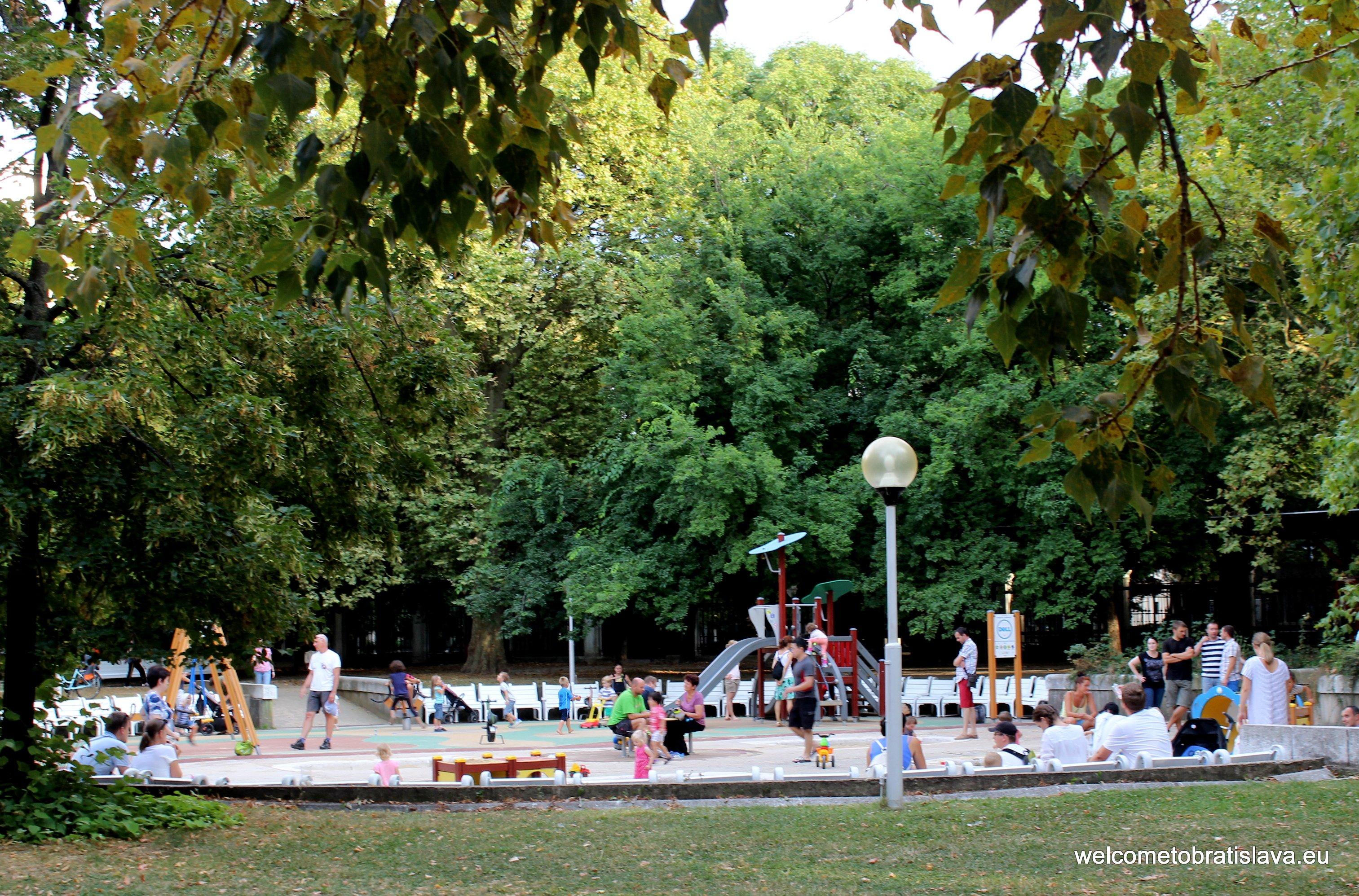 Outdoor places for kids in Bratislava - Medicka zahrada