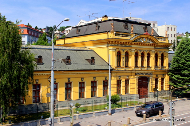 Palugyay Palace