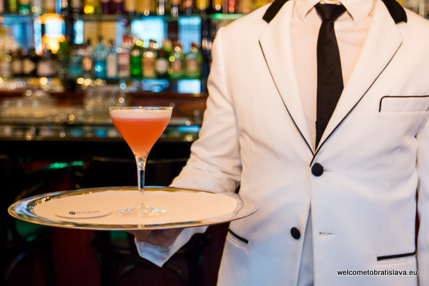 best new cocktail bars - Antique American Bar